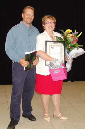 Ian Edward, Executive Director, TKBGC and retiring President of the Board, Elizabeth Zahari.