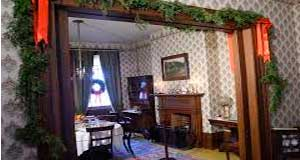 Mackenzie House Christmas