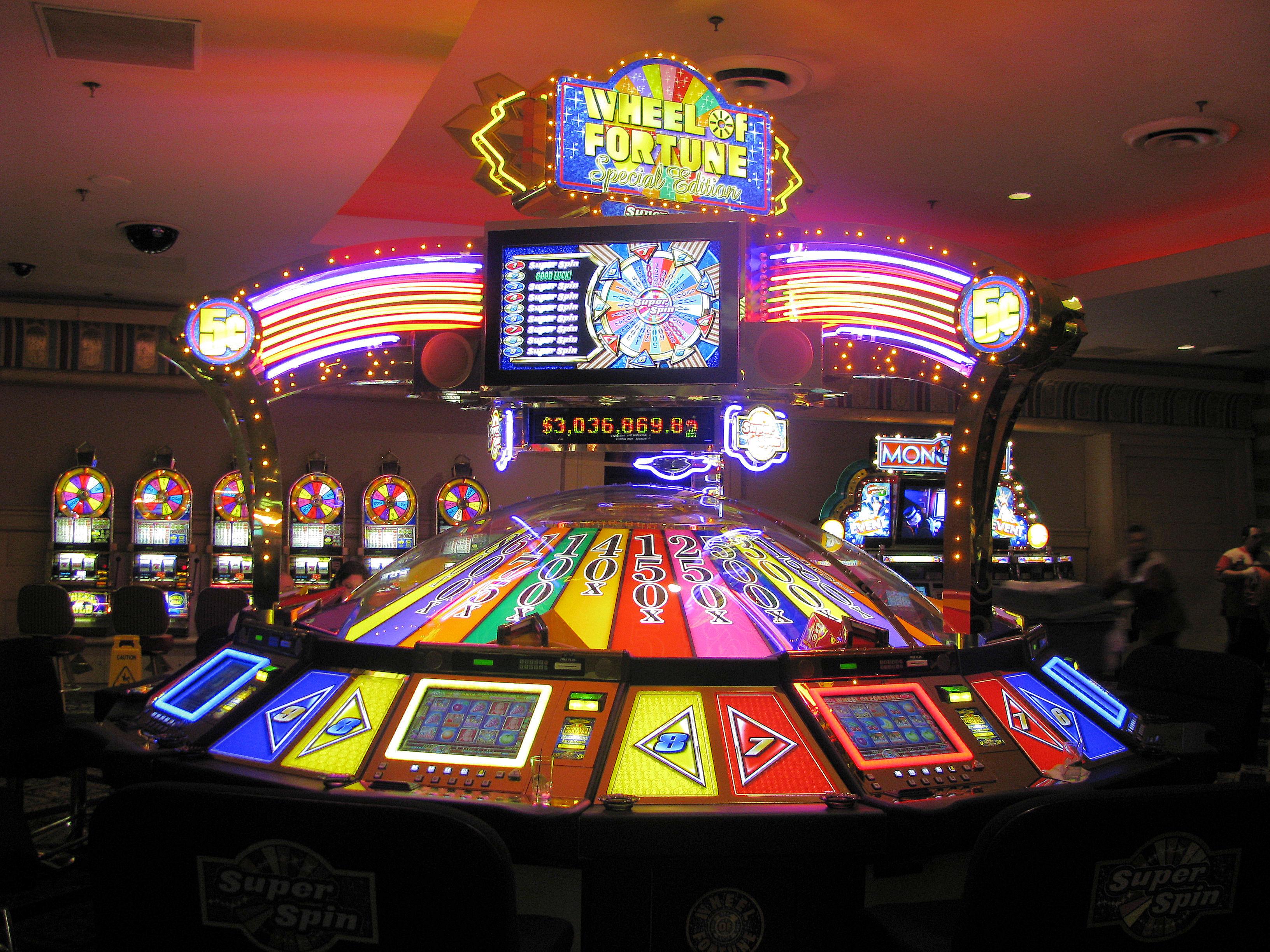 казино slot v обзор